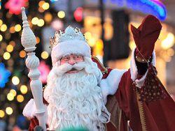 Дед Мороз позвал Мединского на свой день рождения