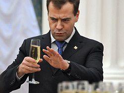 Медведев рассказал о планах на корпоратив